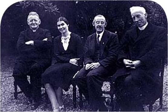 Veronica met Fr. Creedon, Frank Duff en Fr. Toher